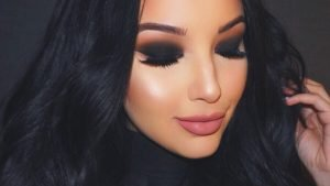 """Вечерний макияж в салоне """"Маки"""""""