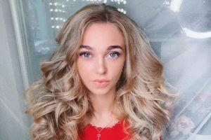 Киселева Ирина -мастер ногтевого сервиса